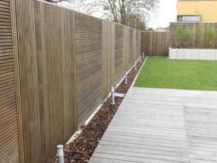 Le claustra bois pour décorer son jardin