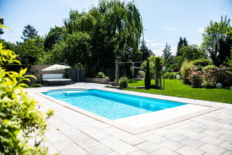 Quelles sont les bonnes questions à se poser pour un projet de piscine ?