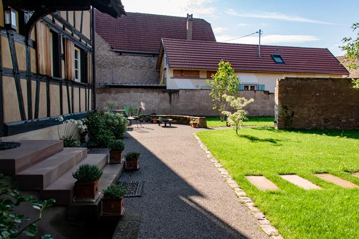 geispolsheim-cour-jardin